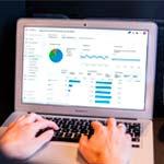 Masterclass Crear</br> hojas de cálculo con Google Sheets